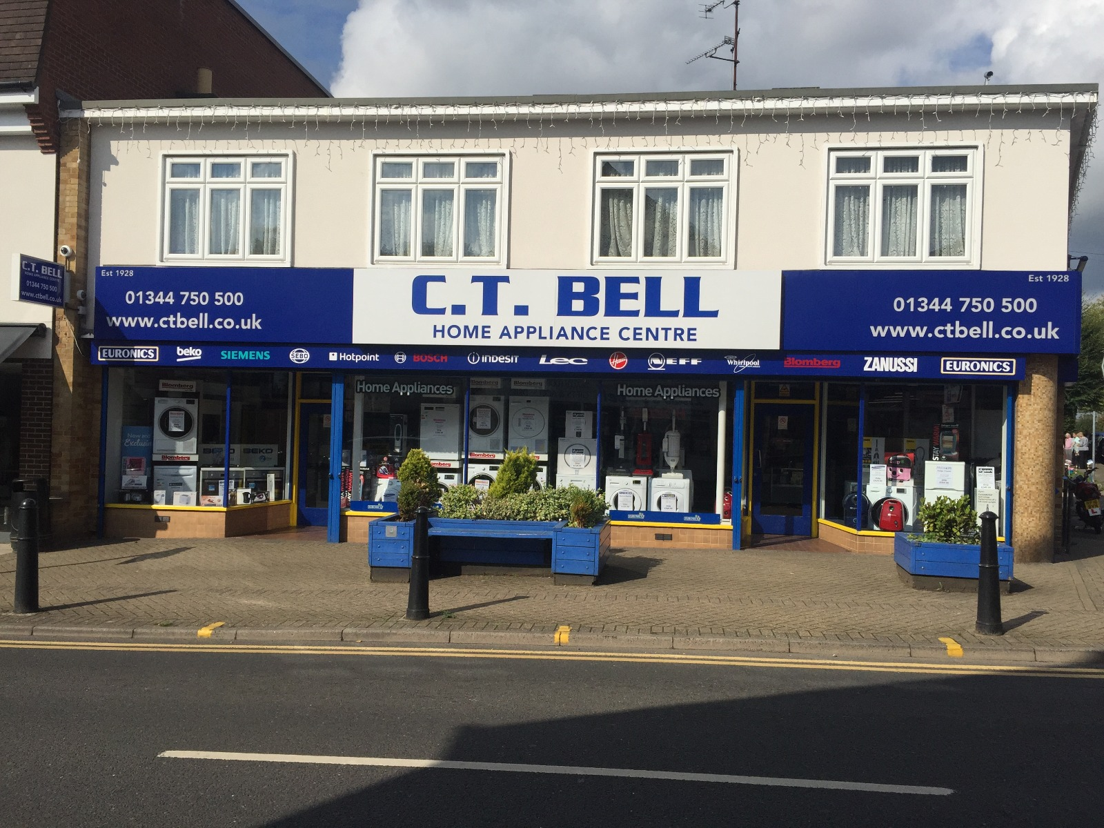 CT Bell Crowthorne Store Front